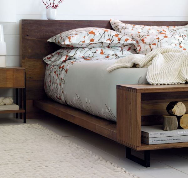 The Contemporary Atwood bed