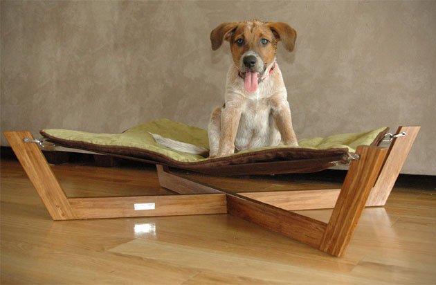 Comfortable Bamboo Hammock Dog Bed