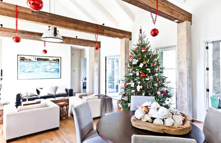 Beatiful christmas tree decorated in living room