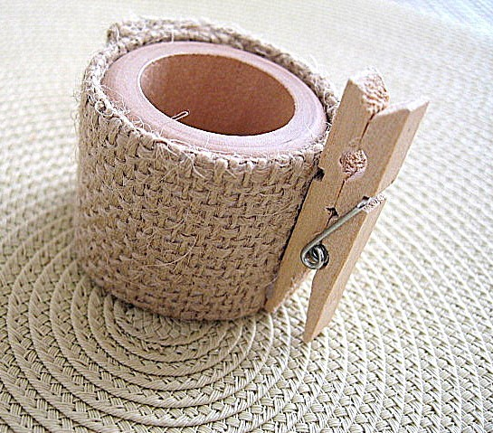 6 different ways to use napkin rings diy place card holder view in gallery solutioingenieria Images