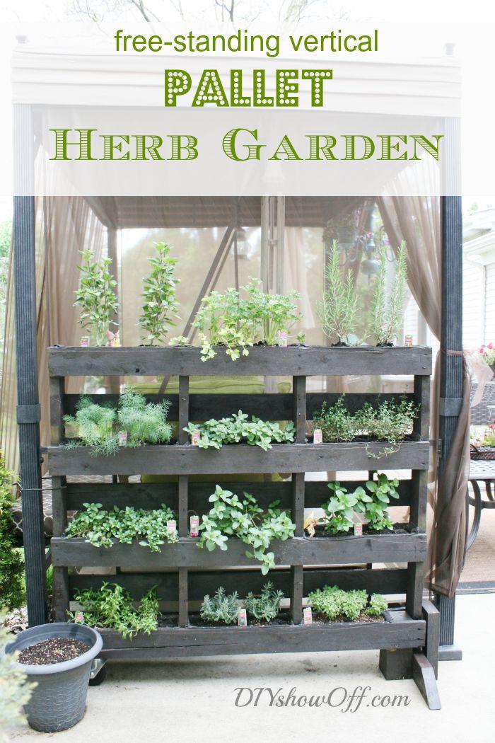 Pallet freestanding herb