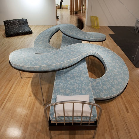 Top 15 creative beds that will make you question your for Most popular bed frames