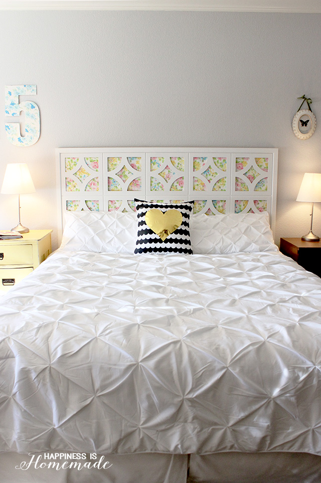Vintage white headboard. How To Build A Vintage Headboard For Your Charming Bedroom