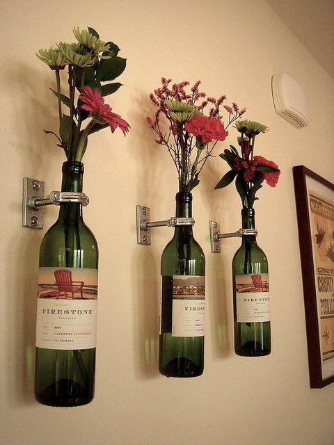 Wall mounted flower vases