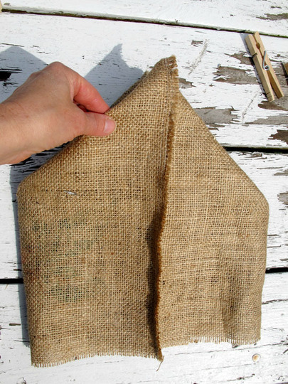 10 Cute And Easy To Make Burlap Bags For Every Occasion