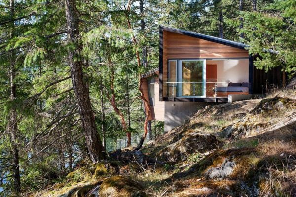 Gambier Island Retreat Battersbyhowat Architects on Log Cabin House Plans Steep Slope