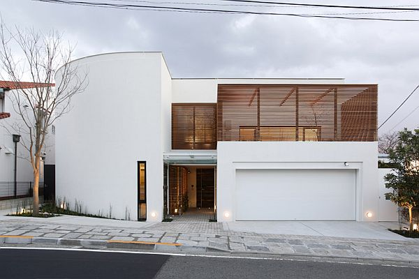 Traditional Japanese Residence With Office By Edward Suzuki Architecture