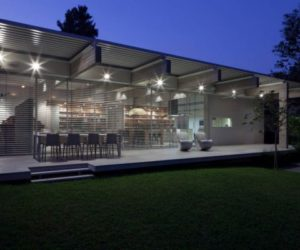 250 square rectangular house