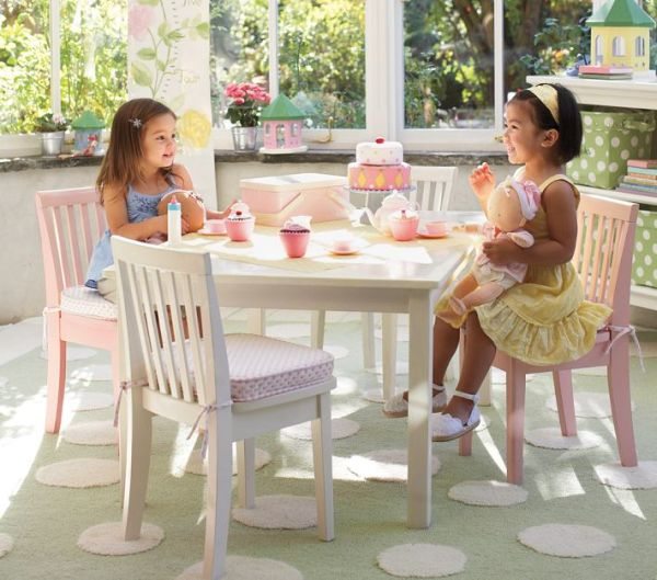 Kids Carolina Large Table 4 Chairs Set