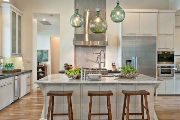Pendant kitchen island lamp