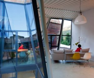 Holiday Girona house with an unsual roof