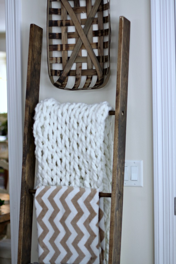reclaimed wood ladder blanket