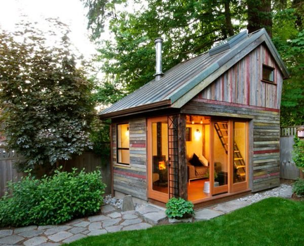 - Megan Lea's Backyard House Built From Recycled Barnboards