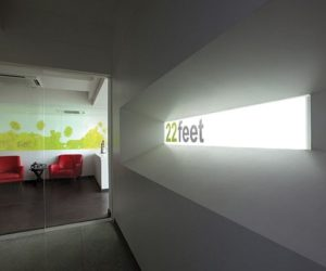 22 feet advertising agency office interior design