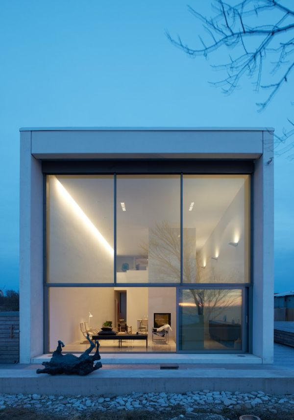 Long Narrow House in Sweden