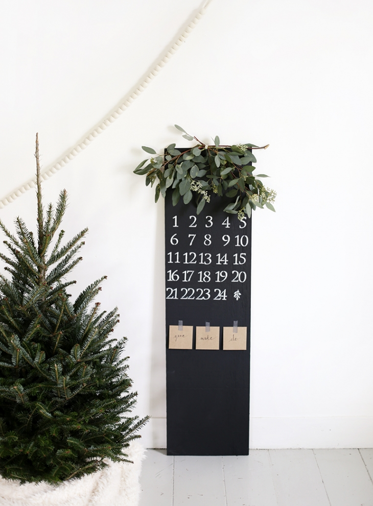 Advent Chalkboard Calendar