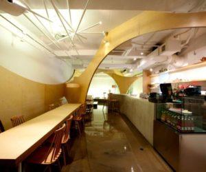 Joyful coffee place in Seoul by Design Bono