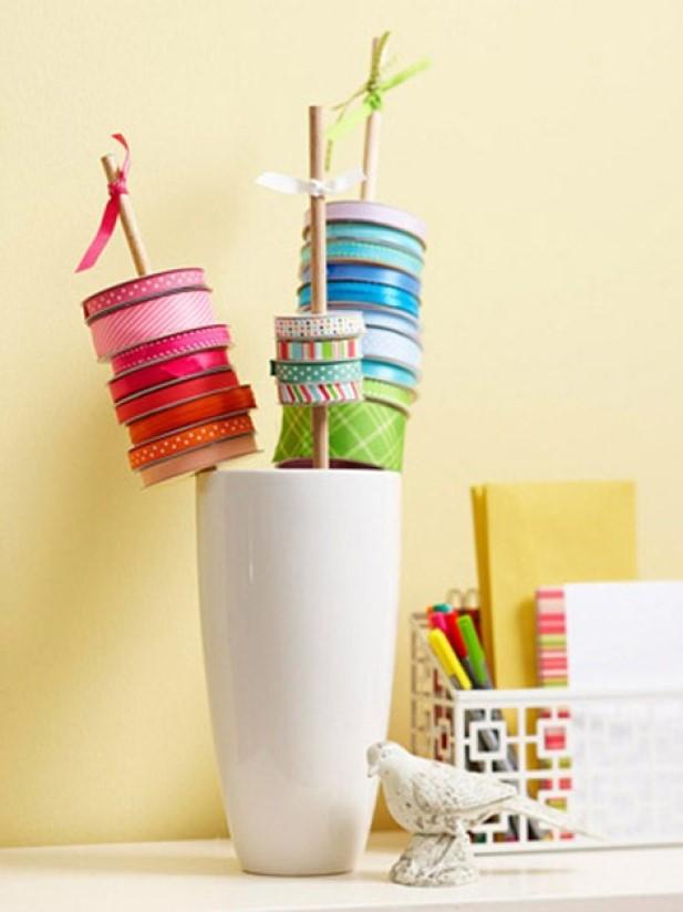 Organize Ribbon In A Vase