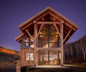 Eco-friendy mountain contemporary home in Colorado