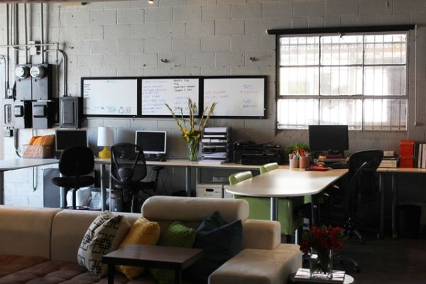 An Old Auto Body Shop Transformed Into A Live Work Space