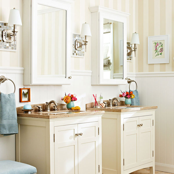 Elegant 6 Ways To Make A Monochromatic Bathroom Pop!