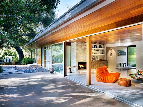 Colorful Home In L A By Richard Neutra