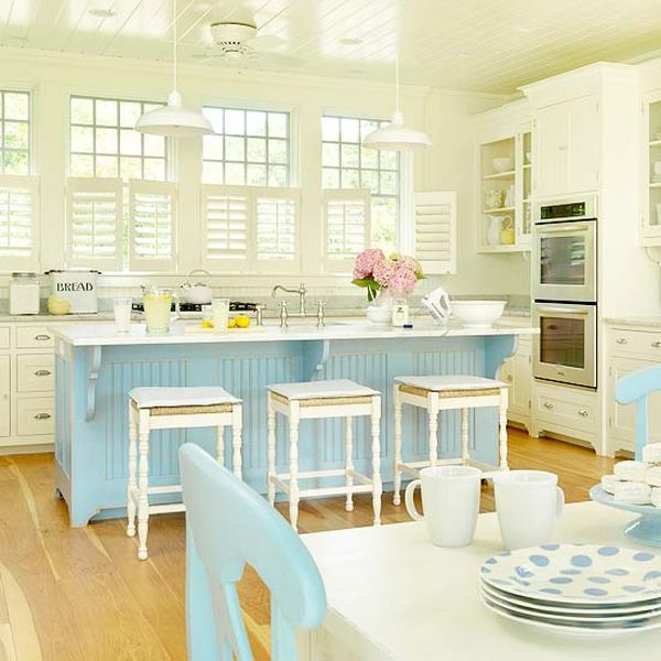 20 charming cottage style kitchen decors for Beach house kitchen plans