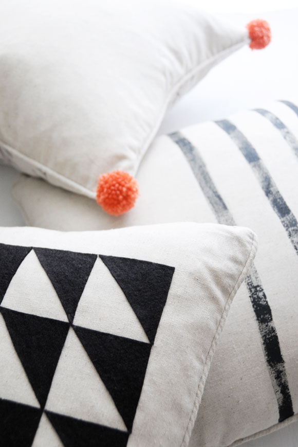 diy-triangle-pillow