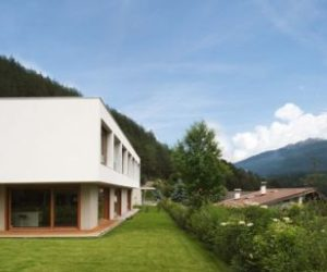 A house for two families in Austria