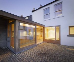 Extension of a 19th century house by Donaghy & Dimond Architects