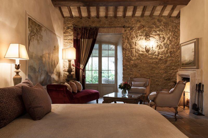 Borgo Santo Pietro hotel bedroom textured wall