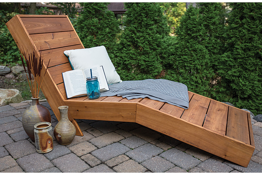 How to build a comfortable chaise lounge for outdoor use for Build chaise lounge