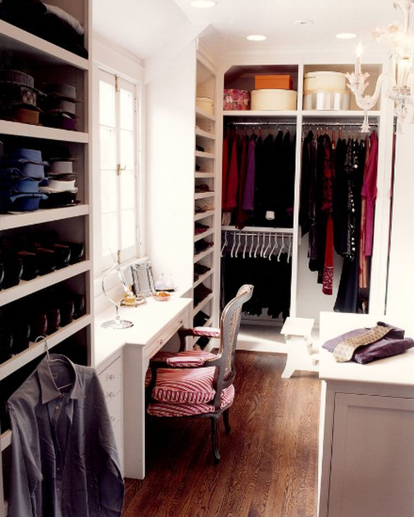 A girl\'s walk-in closet design ideas