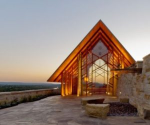 The Sunny Rio Roca Chapel