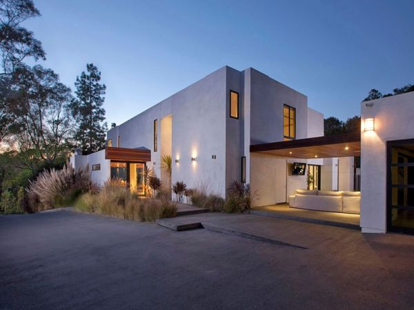 Contemporary House 4 Bedroom