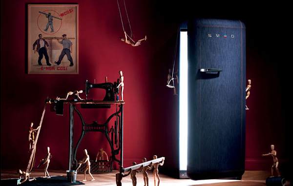 The innovative FAB28 fridge by Smeg