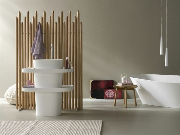 The Fonte freestanding washbasin by Monica Graffeo