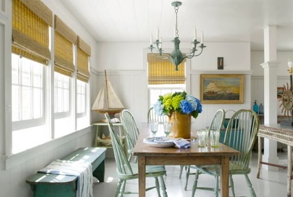Historic cottage in nantucket renovated by luke thornewill for Indische sideboards