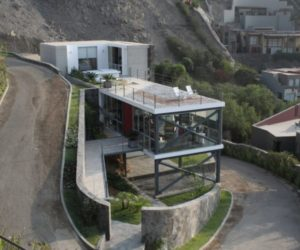 Mirador House in Lima by 2.8 x Architects