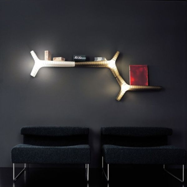 Contemporary Yet Wall Lamp