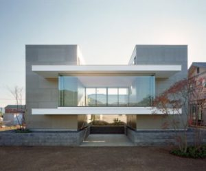Just another modern Japanese house from mA-style architects