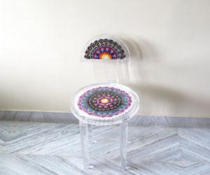 Joyful DIY Peacock Seat