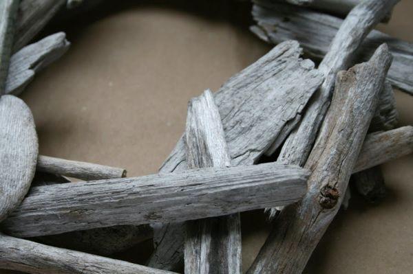 rustic-driftwood-wreath2.jpg