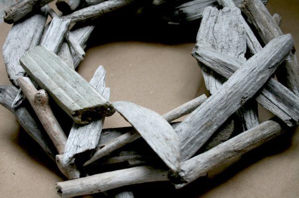 rustic-driftwood-wreath3.jpg