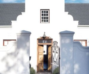Delightfully-renovated Somerset West home