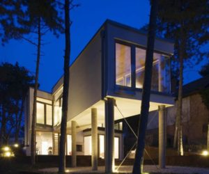 A house on pillars in Hungary by Allhitecture