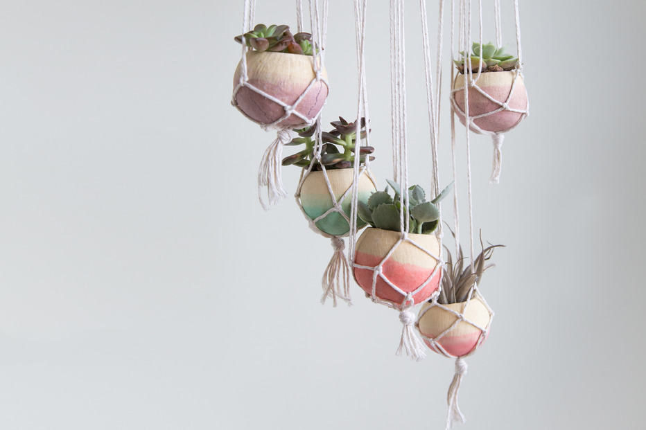 Macrame hanging planter