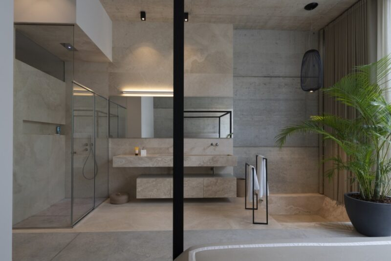 34 Walk-In Shower Design Ideas That Can Put Your Bathroom Over The Top