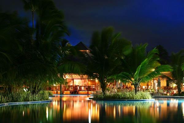 The Romantic Nannai Beach Resort
