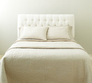 Cream Tufted Linen Larkspur Bed · View In Gallery Nice Design